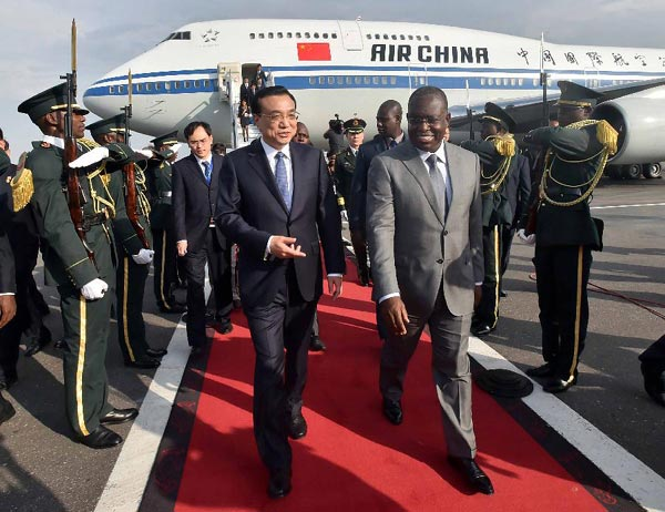 Chinese premier arrives in Angola for visit