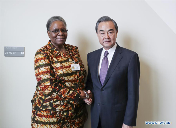Chinese FM meets Namibian Deputy PM at UN headquarters in New York