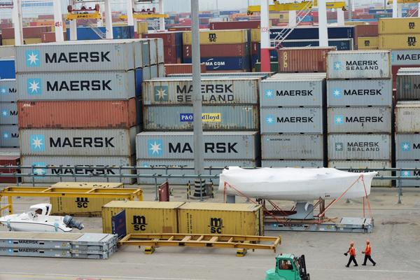Exports, spending 'to ebb'