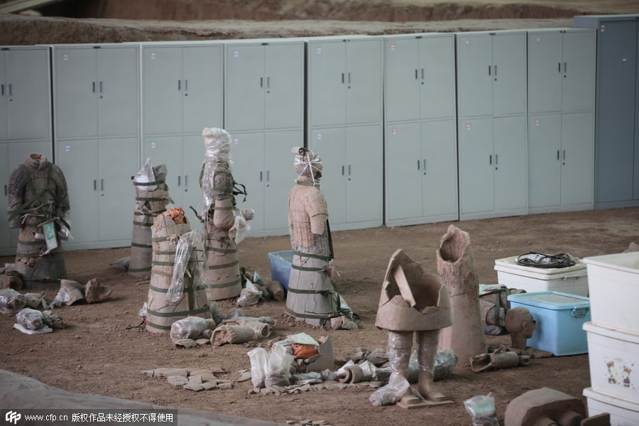 Restored terracotta warriors don 'scarves' and 'dresses'