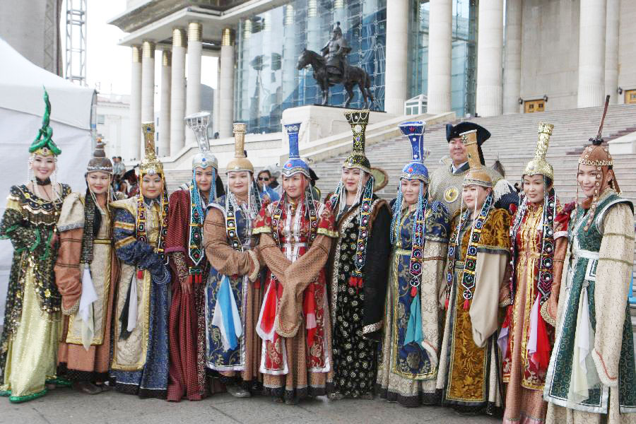 Ulan Hot China  City pictures : Mongolian Clothing Festival held in Ulan Bator[1]|chinadaily.com.cn