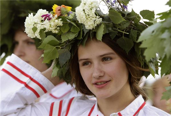 Russian Or Ruthenian And Belarusian 79